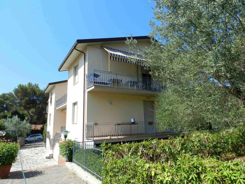 esterno-APPARTAMENTO-in-vendita-Castiglioncello-R0577
