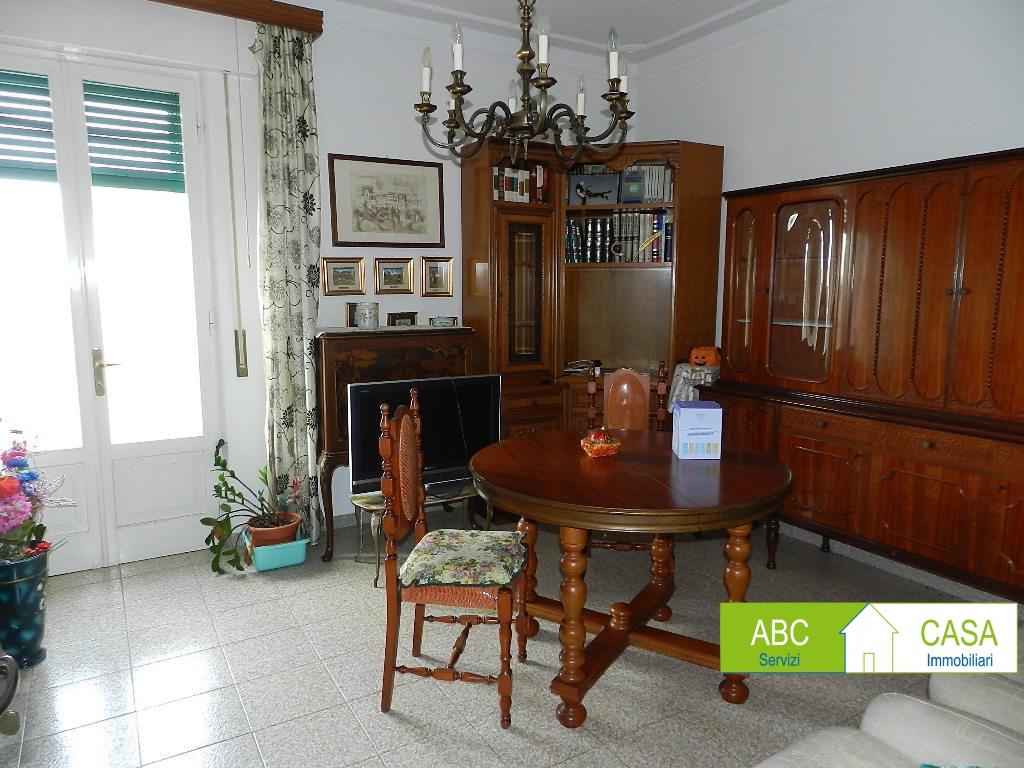 esterno-APPARTAMENTO-in-vendita-Rosignano Solvay-R1167