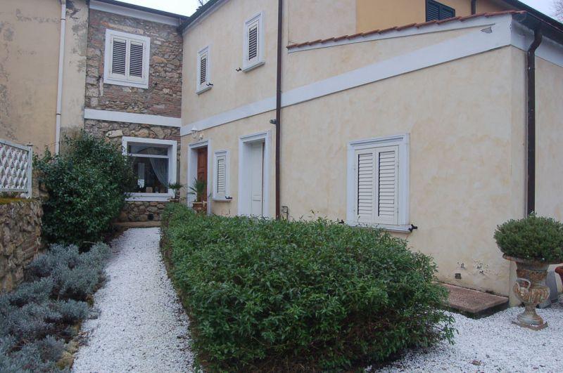 esterno-TERRATETTO-in-vendita-Castelnuovo M.dia-R0212