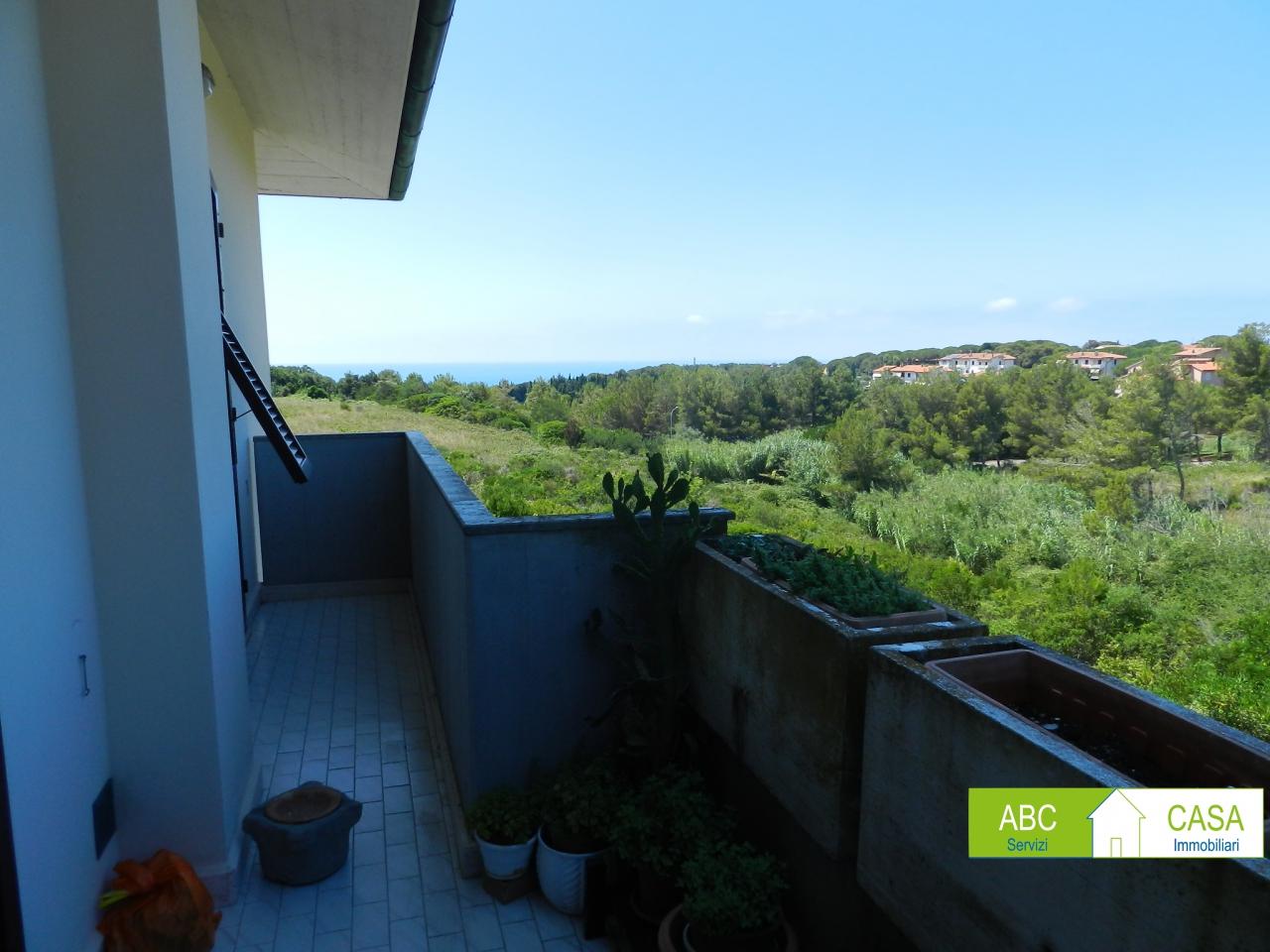esterno-APPARTAMENTO INDIPENDENTE-in-vendita-Castiglioncello-R1116