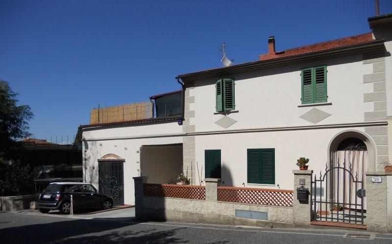 APPARTAMENTO INDIPENDENTE-in-vendita-Castelnuovo M.dia-R0386